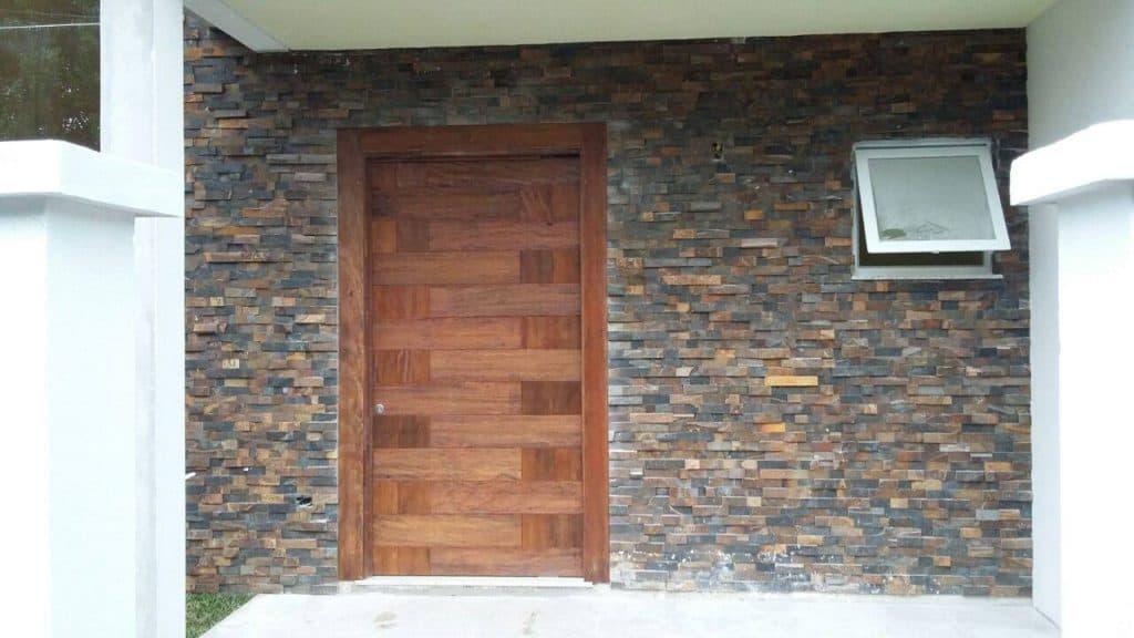 Portas Pivotantes - Entrada - Madeira